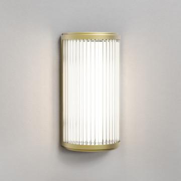 Настенный светодиодный светильник Astro Versailles 1380015 (8545), IP44, LED 4,6W 3000K 325lm CRI80, матовое золото, стекло
