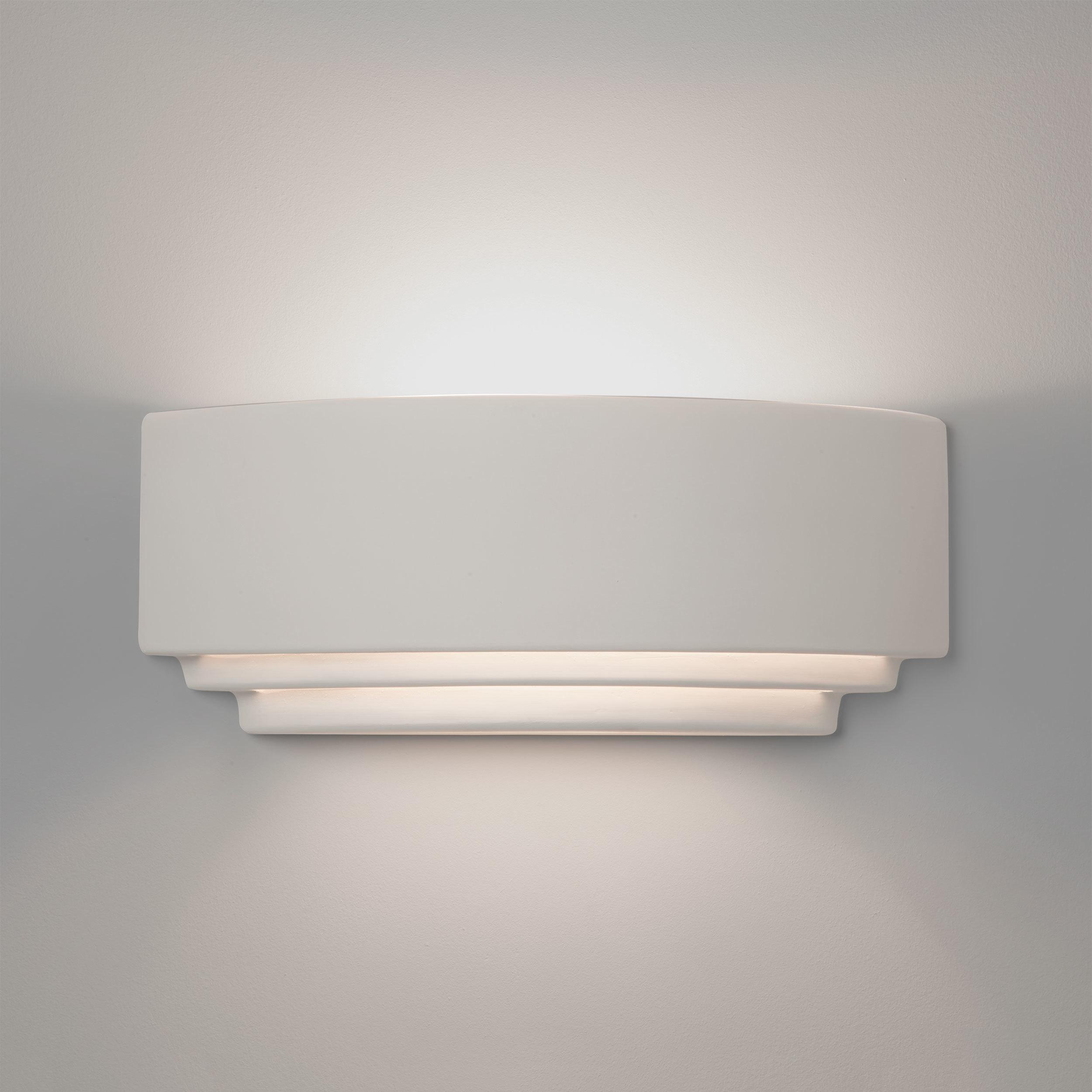 Настенный светильник Astro Amalfi 1079004 (7470), 1xE27x60W, белый, под покраску, керамика - фото 1