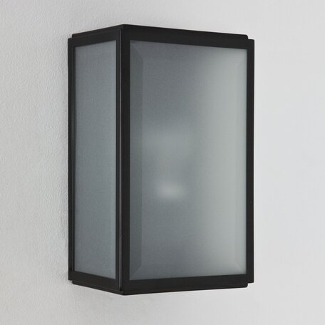 Настенный светильник Astro Homefield Frosted 1095008 (7081), IP44, 1xE27x60W, черный, стекло