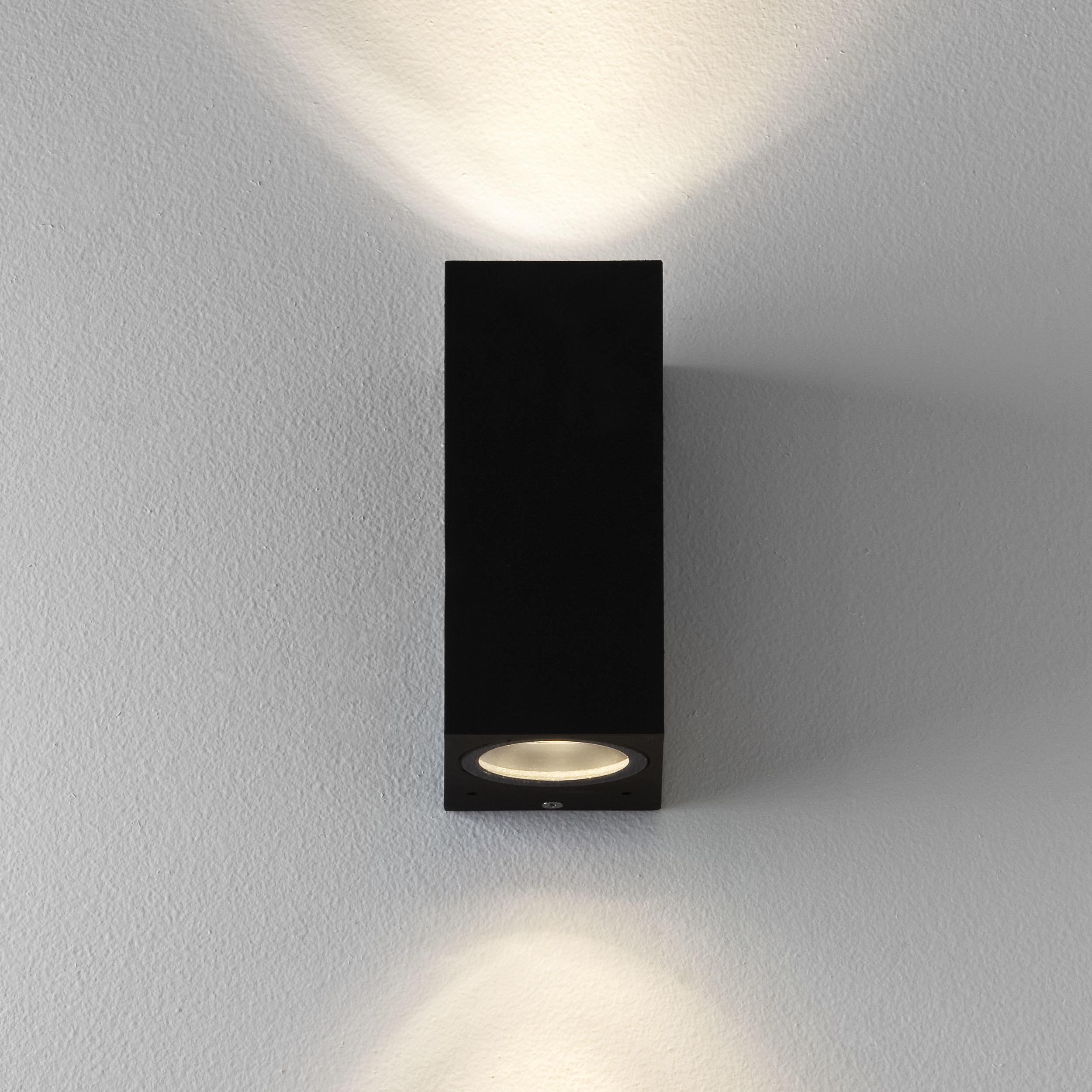 Настенный светильник Astro Chios 1310004 (7128), IP44, 2xGU10x6W, прозрачный, черный, металл, стекло - фото 2