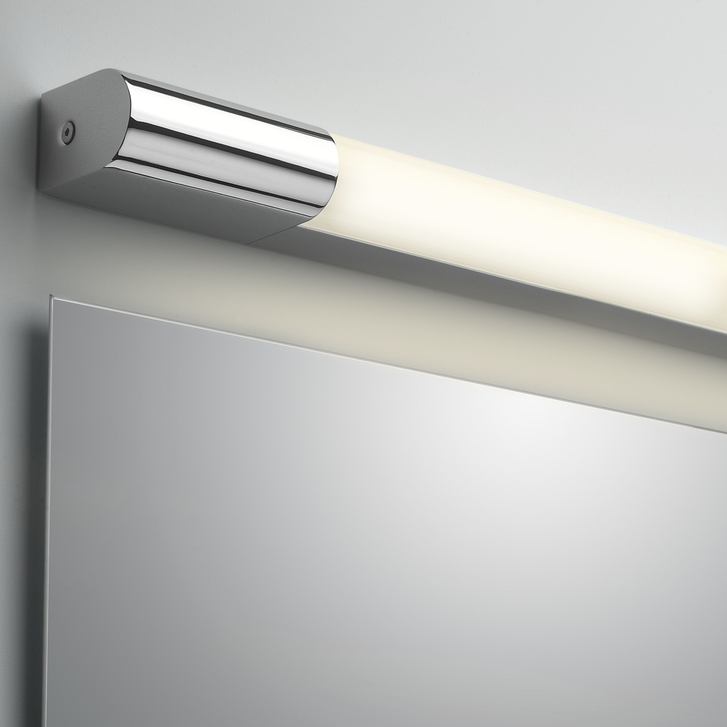 Настенный светодиодный светильник Astro Palermo 1084021 (7619), IP44, LED 8,1W 3000K 364lm CRI80, хром, пластик - фото 1