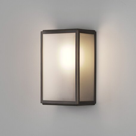 Настенный светильник Astro Homefield 1095017 (7883), IP44, 1xE27x60W, бронза, стекло