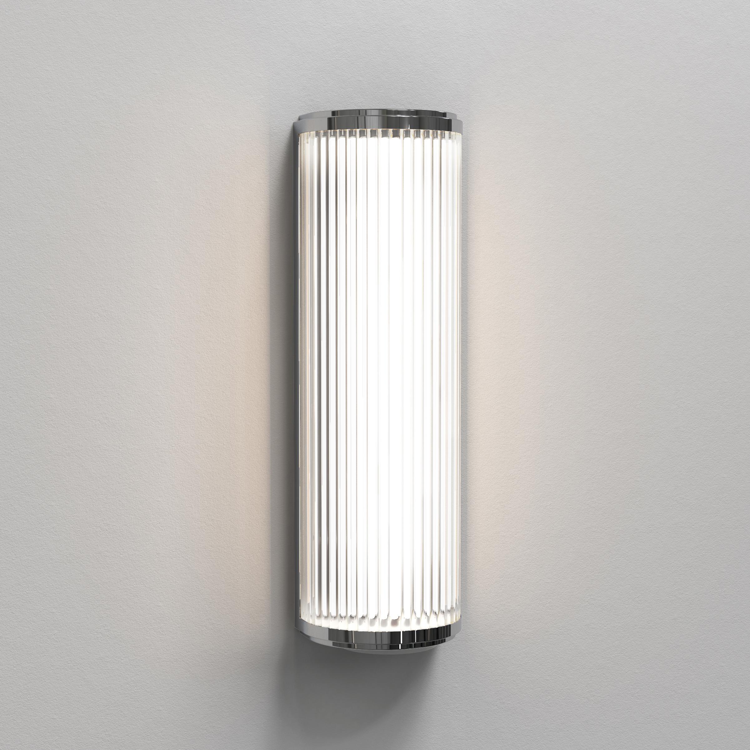 Настенный светодиодный светильник Astro Versailles 1380002 (7838), IP44, LED 7,3W 3000K 739.78lm CRI80, хром, стекло - фото 1