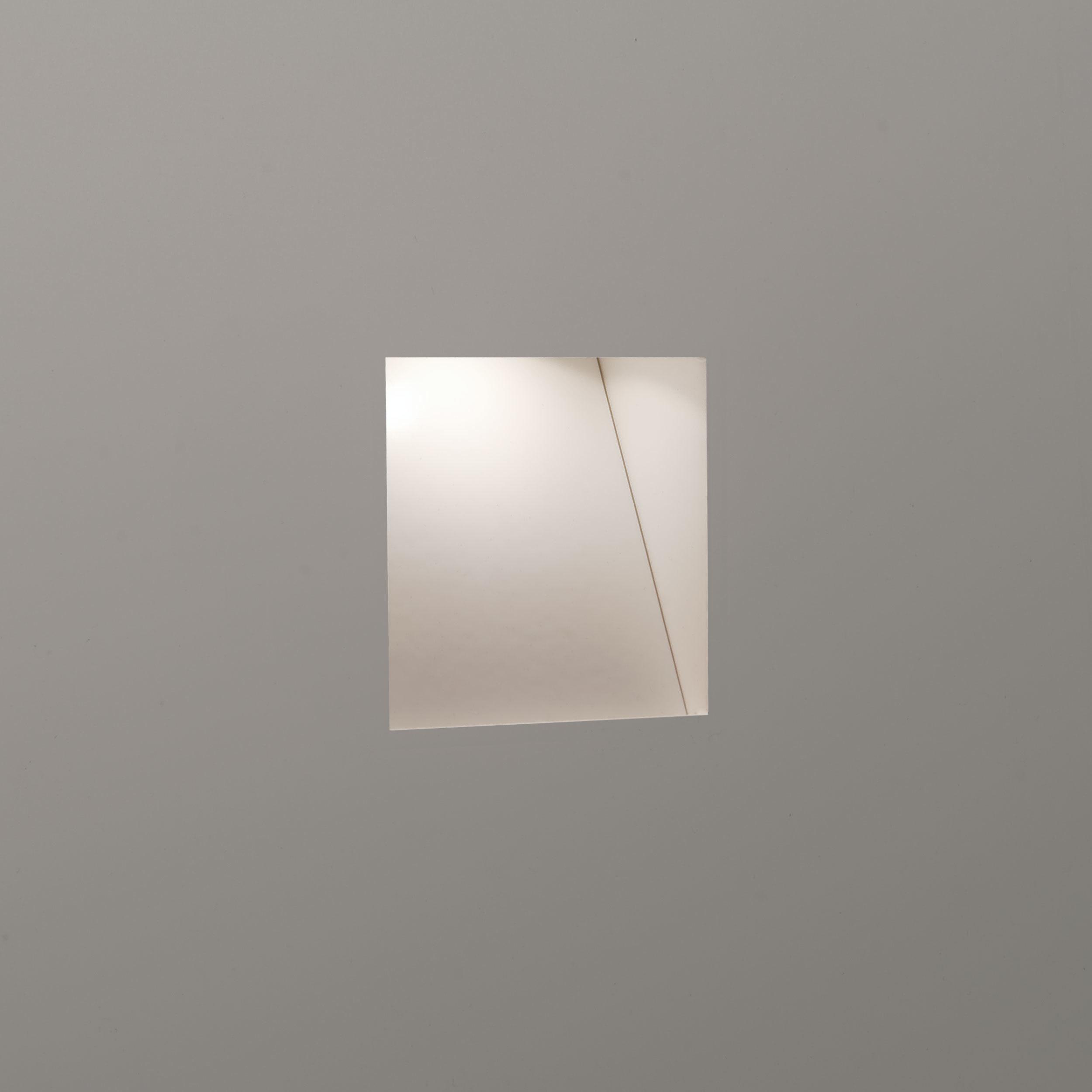 Встраиваемый настенный светодиодный светильник Astro Borgo Trimless Mini 1212037 (7566), LED 1W 2700K 29.3lm CRI80, белый, металл - фото 1