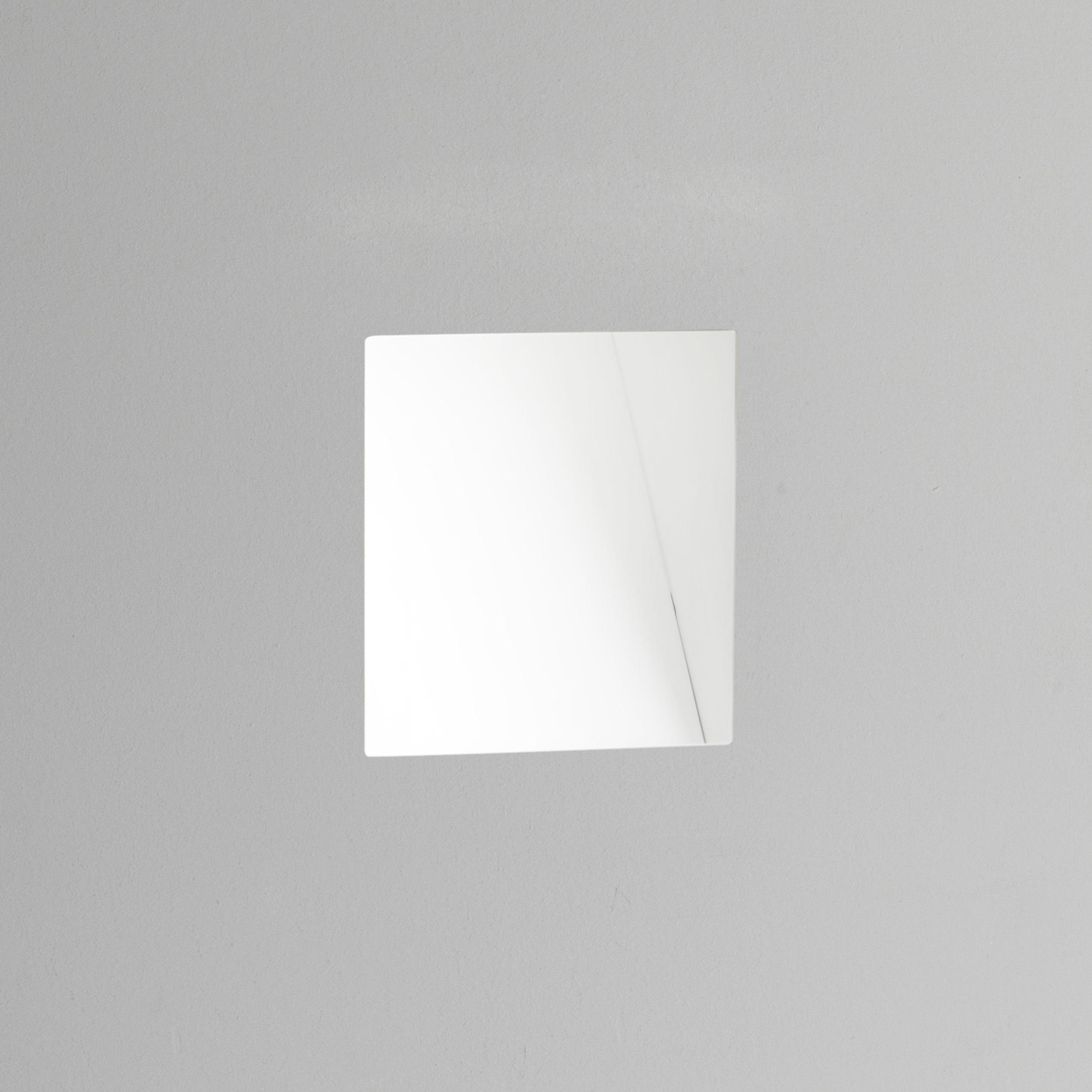 Встраиваемый настенный светодиодный светильник Astro Borgo Trimless 1212042 (7842), LED 2W, 2700K (теплый), белый, металл - фото 1