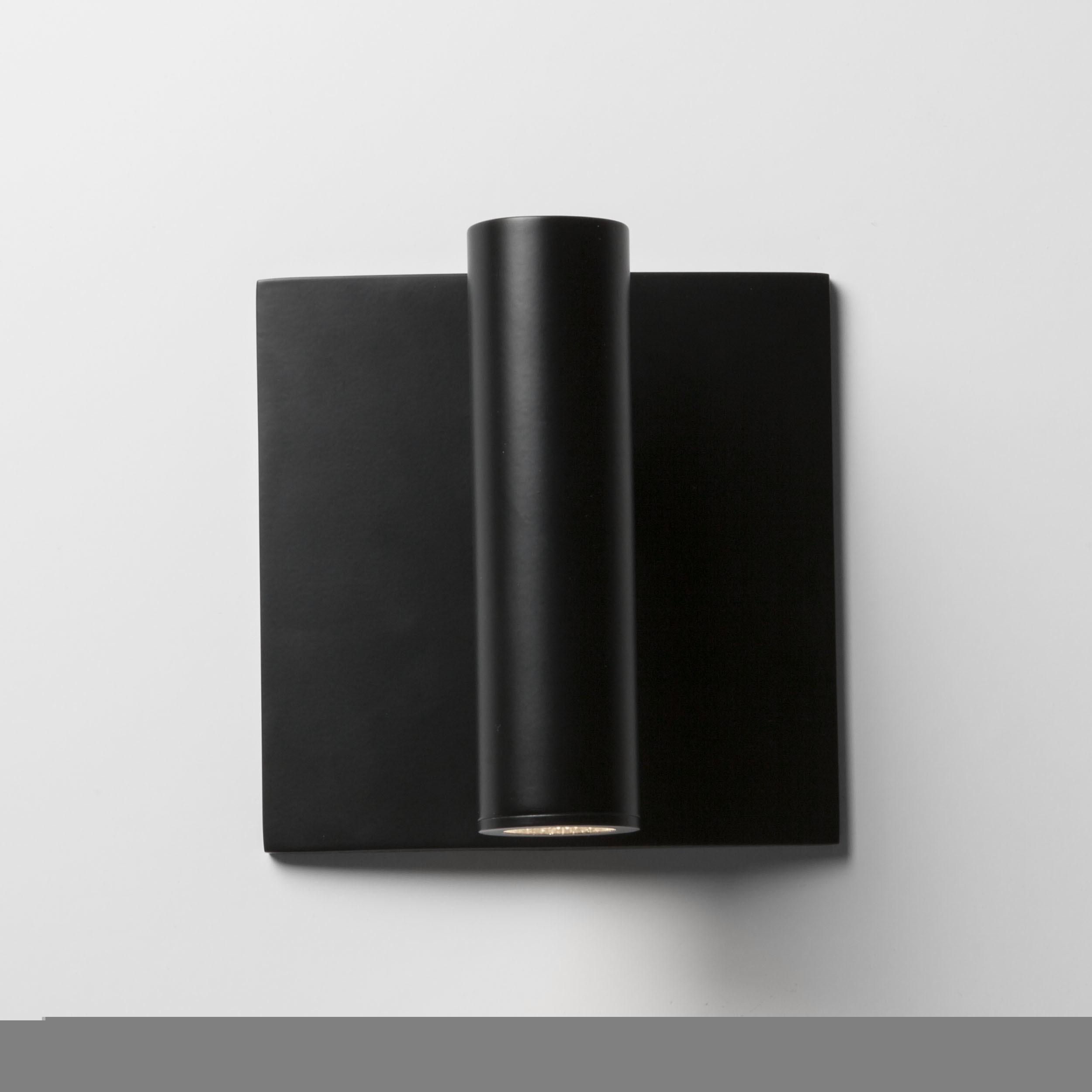 Встраиваемый настенный светодиодный светильник с регулировкой направления света Astro Enna 1058024 (7496), LED 4,47W 2700K 111.44lm CRI80, черный, металл - фото 2