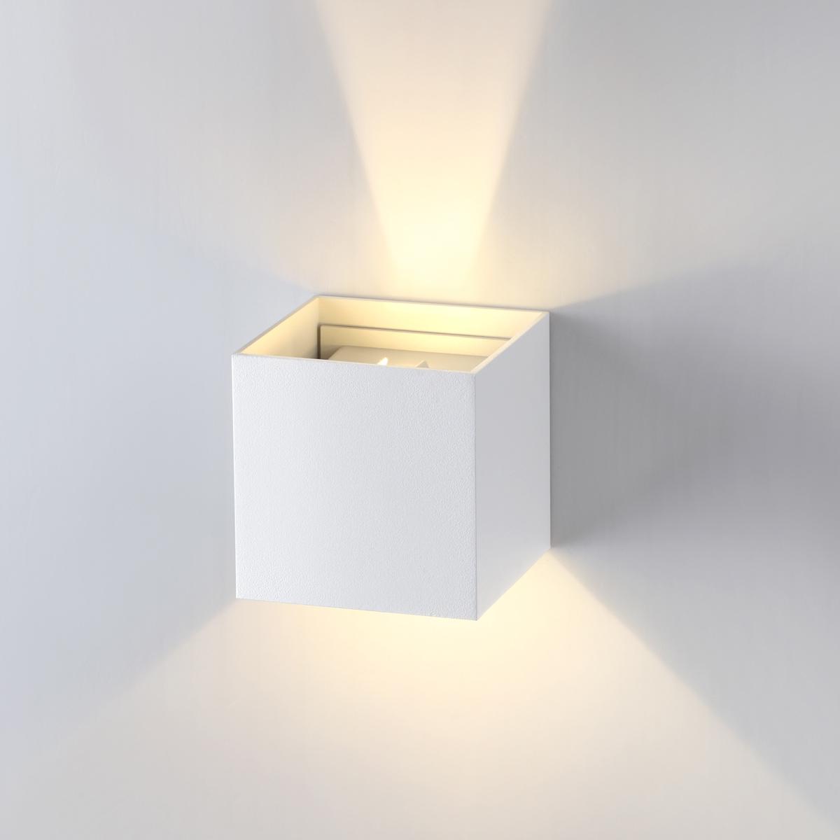 Настенный светодиодный светильник Novotech Calle 357518, IP54, LED 6W 3000K 365lm, белый, металл - фото 1