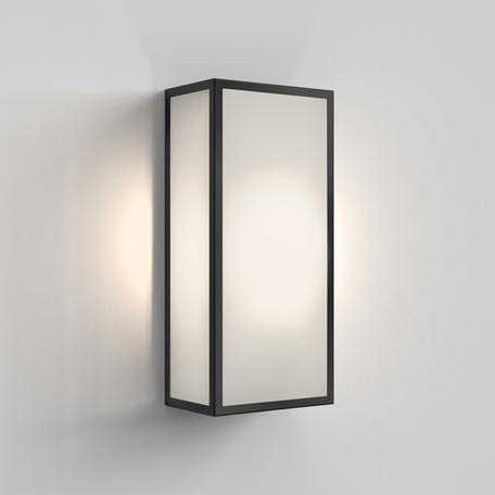 Настенный светильник Astro Messina 1183024, IP44, 1xE27x12W, черный, стекло