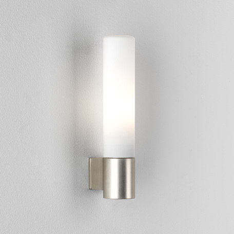 Настенный светильник Astro Bari 1047004 (8035), IP44, 1xG9x40W, никель, белый, металл, стекло