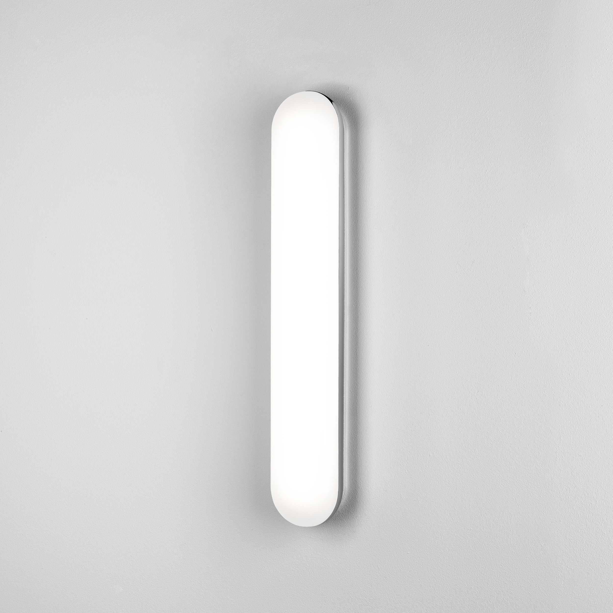 Настенный светодиодный светильник Astro Altea LED 1133006 (8015), IP44, LED 20,3W 3000K 858lm CRI80, хром, белый, металл, пластик - фото 1