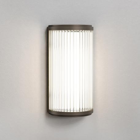 Настенный светодиодный светильник Astro Versailles 1380004 (7961), IP44, LED 4,7W 3000K 370.89lm CRI80, бронза, стекло