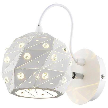 Настенный светильник с регулировкой направления света Wertmark Delfina WE263.01.001, 1xE27x60W, белый, металл, металл с хрусталем
