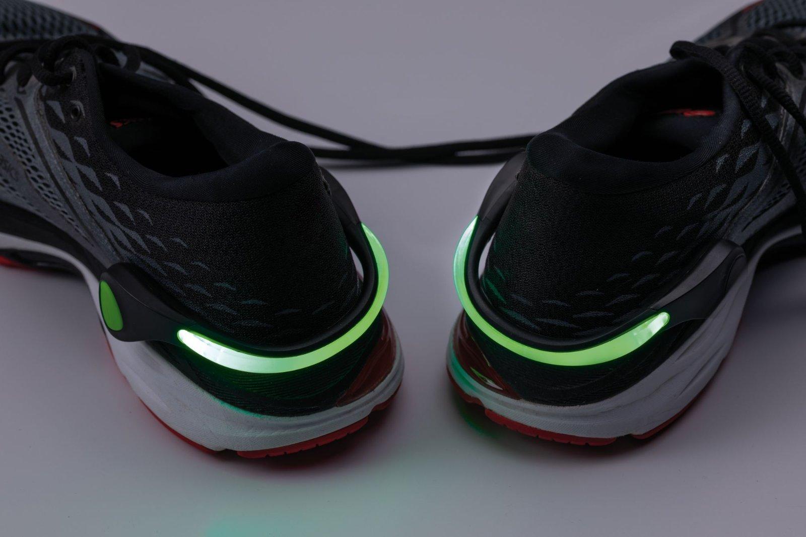 Светодиодное браслет на кроссовки со светодиодной подсветкой Paulmann Shoe Clip 70972, LED 0,2W, черно-белый, черный, пластик - фото 5
