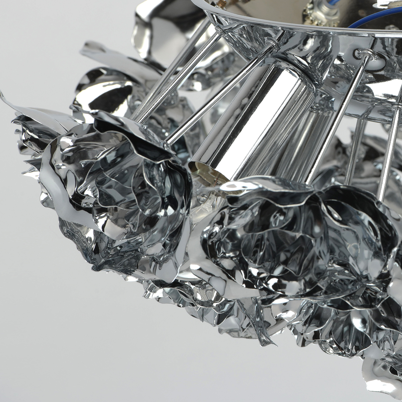 внимание картинка металл хром современной